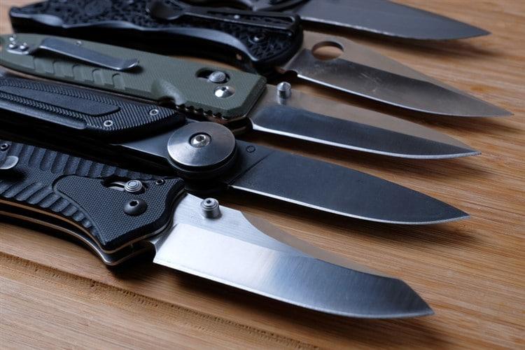 Best Folding Survival Knives - Foot Sloggers